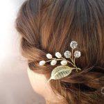 7 Eye-catching Bridal Hair Accessories