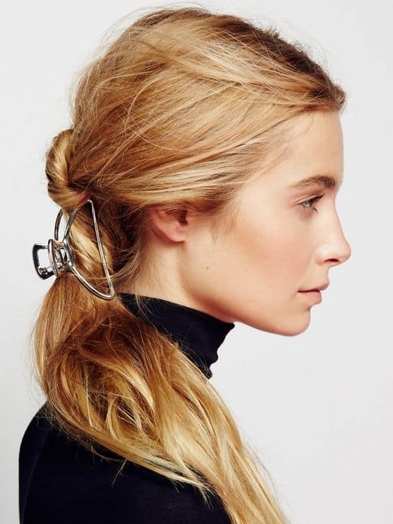 Chic hair claw