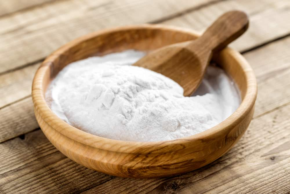 to get rid of dandruff use baking soda